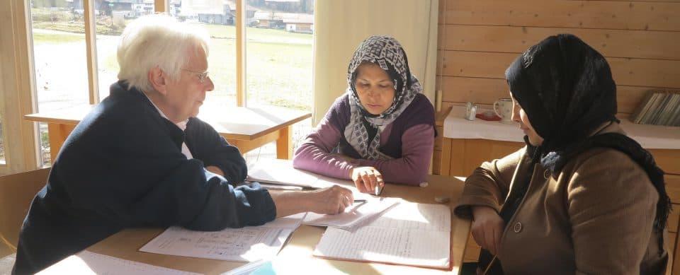 Alphabetisierungskurs im evangelischen Pfarrheim Aschau