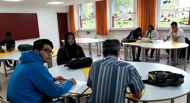 DAA-Sprachunterricht in der Aschauer Grundschule